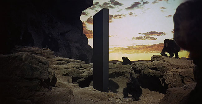 2001 A Space Odyssey - Monolith with apes
