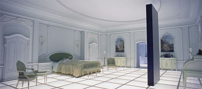2001 A Space Odyssey - Monolith in the Louis XVI-style bedroom in space