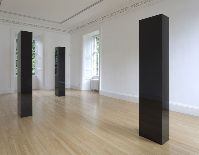 John McCracken -- 3 columns, installation view, 2009