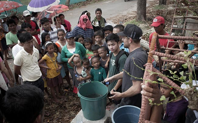 Jon Rose - Waves For Water - Philippines - Haiyan